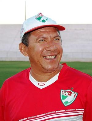 Neco terá a missão de levar o Salgueiro ao inédito título do Pernambucano (Foto: Tiago Medeiros, GLOBOESPORTE.COM)