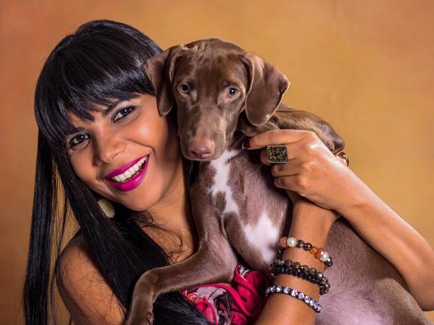Gina Lobrista é uma das atrações do show na Lambateria.  (Foto: Yasmin Pires/ Divulgação)