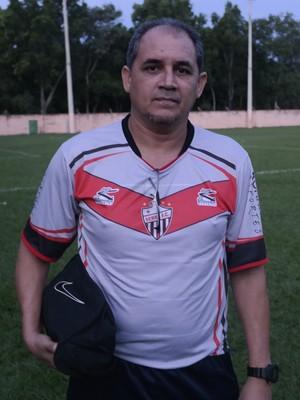 Aldeir Martins, técnico do Serra (Foto: Richard Pinheiro/GloboEsporte.com)