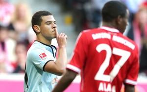 Shawn Parker comemora gol do Mainz contra o Bayern de Munique (Foto: Agência AP)
