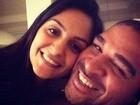 Adriano vira um homem sério e fica noivo neste sábado