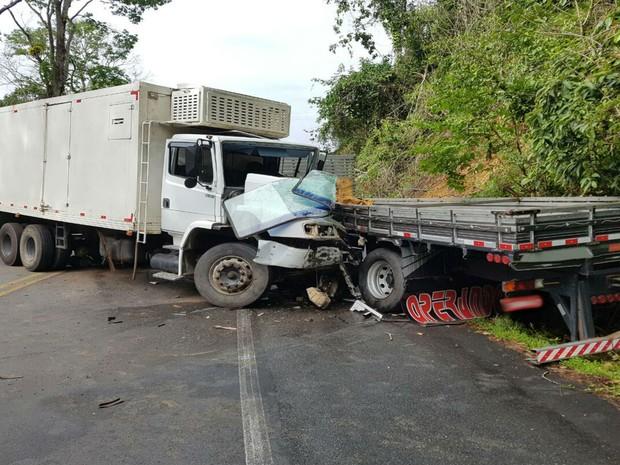 Acidente aconteceu próximo ao município de Arataca (Foto: Informativo Camacan )