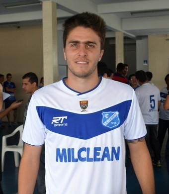 Rodrigo Celeste volante Taubaté (Foto: Danilo Sardinha/GloboEsporte.com)