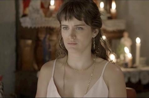 'O outro lado do paraíso': Bianca Bin é Clara (Foto: TV Globo)