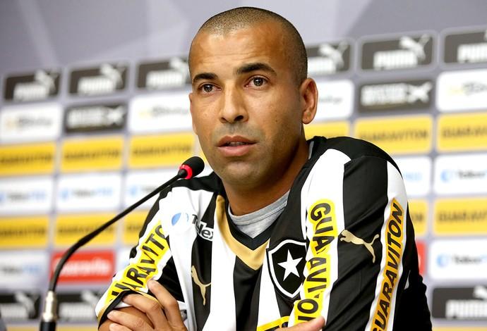 Emerson Sheik apresentado no Botafogo (Foto: Satiro Sodre / SSPress)