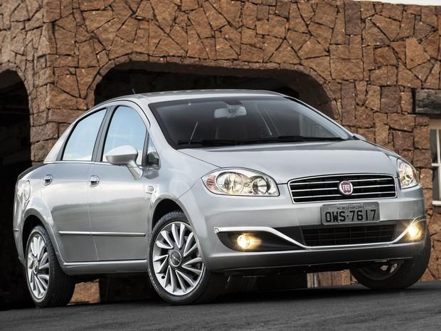 Fiat Linea 2015 (Foto: Divulgação)