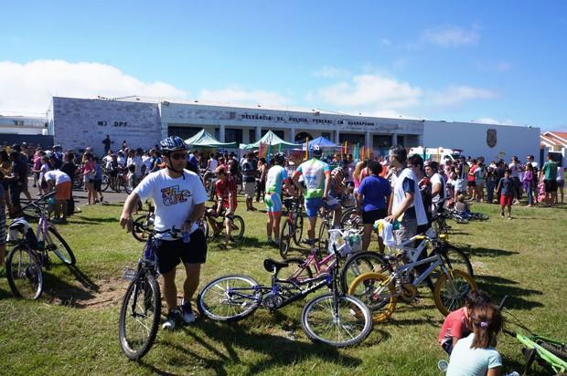 Ciclistas amadores e profissionais participaram do bicicletaço (Foto: Divulgação/RPC TV)