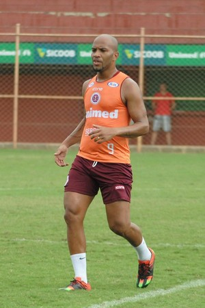 David Dener, atacante da Desportiva Ferroviária (Foto: Henrique Montovanelli/Desportiva Ferroviária)