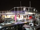 Policial federal atira em dois homens e mata um em festa em barco no DF