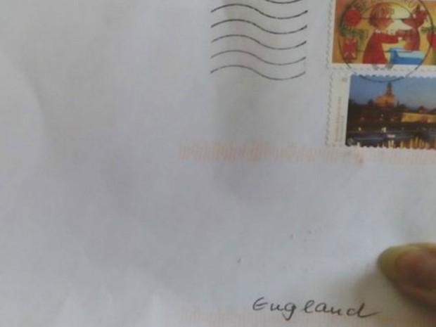 Envelope só tinha 'Inglaterra' como destinatário (Foto: BBC/Paul Biggs)