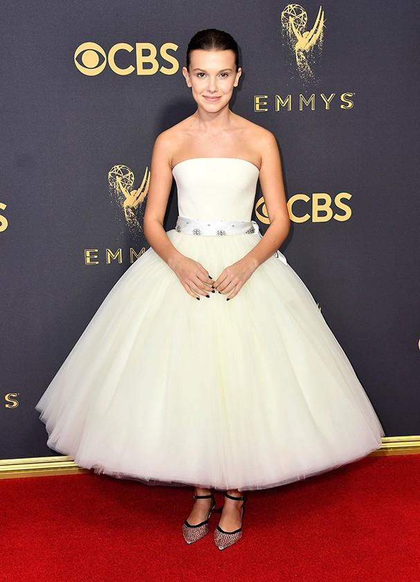 Millie Bobby Brown veste Calvin Klein (Foto: Getty Images)