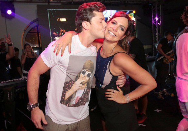 Klebber Toledo e Carol Sampaio (Foto: Reginaldo Teixeira/Divulgação CS Eventos)