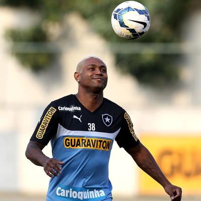 Jobson treino Botafogo (Foto: Satiro Sodré / SSPress)
