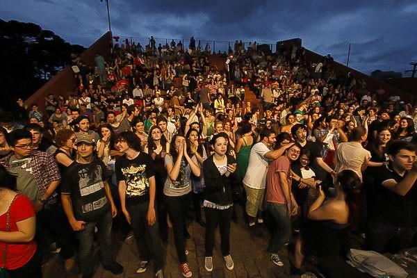 Primeiro dia da Musicletada atraiu um bom público ao palco das Ruínas (Foto: Euricles Macedo/RPC TV)