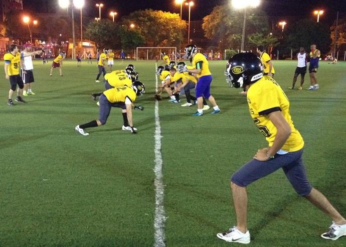 Prudente Coronéis treino (Foto: João Paulo Tilio / Globoesporte.com)
