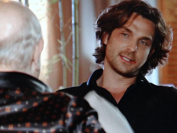 Alberto conta a Dionísio que denunciou Cassiano (Foto: Flor do Caribe / TV Globo)