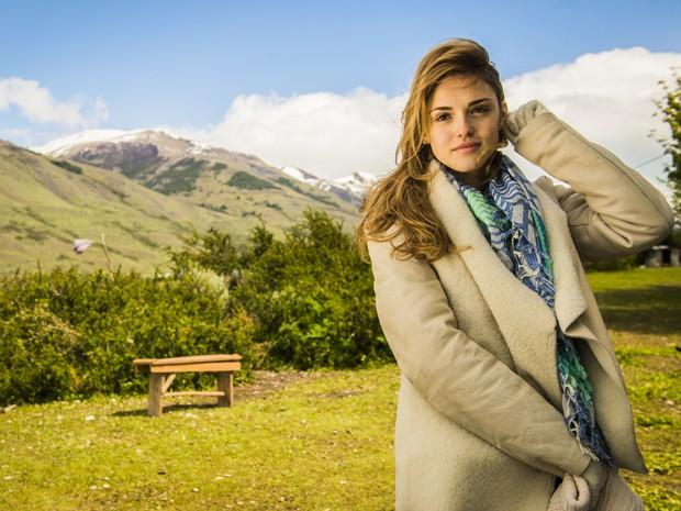 Isabelle Drummond grava cenas de Sete Vidas na paisagem paradisíaca da Patagônia (Foto: João Miguel Júnior/TV Globo)