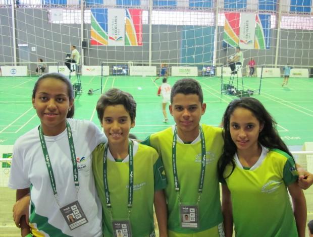 Tainara, Fabrício, Vinícios e Samia badminton Piauí Olimpíadas Escolares (Foto: Ana Carolina Fontes)