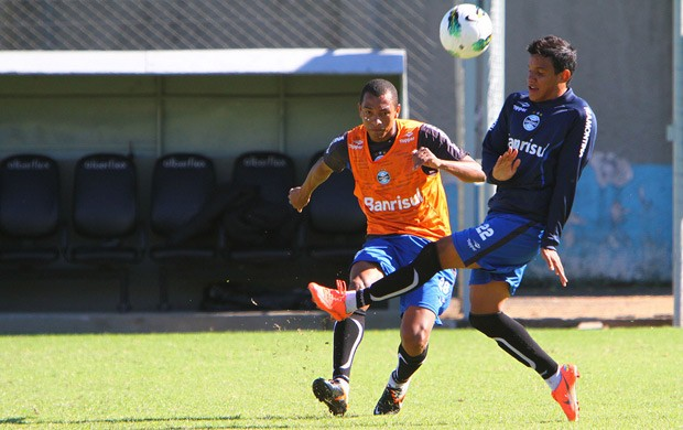 gilberto silva grêmio  (Foto: Lucas Uebel/Grêmio FBPA)