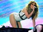 Aos 45 anos, Jennifer Lopez abusa da sensualidade em show no Marrocos