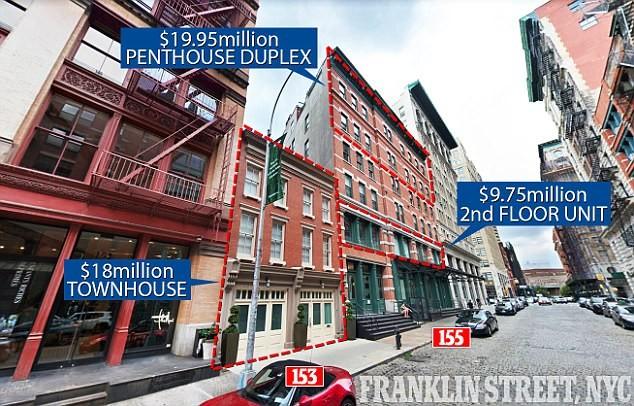 O prédio e a casa que Taylor Swift comprou na mesma rua (Foto: Reprodução)