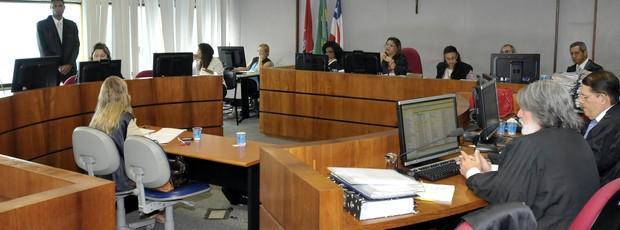 Intervenção no Bahia foi decidida durante julgamento na manhã desta terça-feira (Foto: Nei Pinto/Divulgação/TJB)