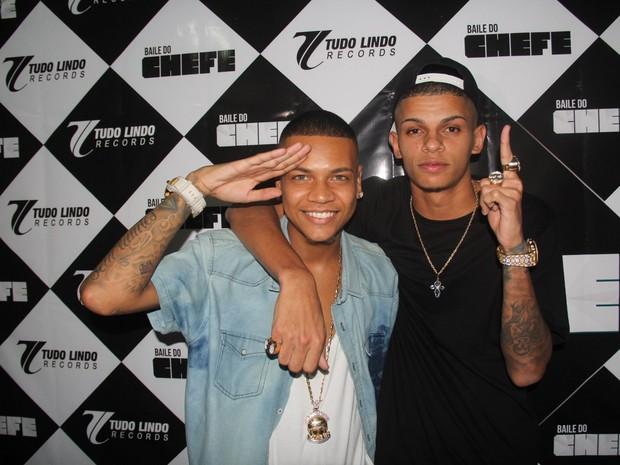 MC Duduzinho e MC Maneirinho em show no Rio (Foto: Divulgação)