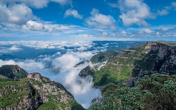 BELEZA AMEAÇADA O Parque Nacional de São Joaquim, em Santa Catarina. Ele pode perder parte de sua área original (Foto: Palê Zuppani/Pulsar)