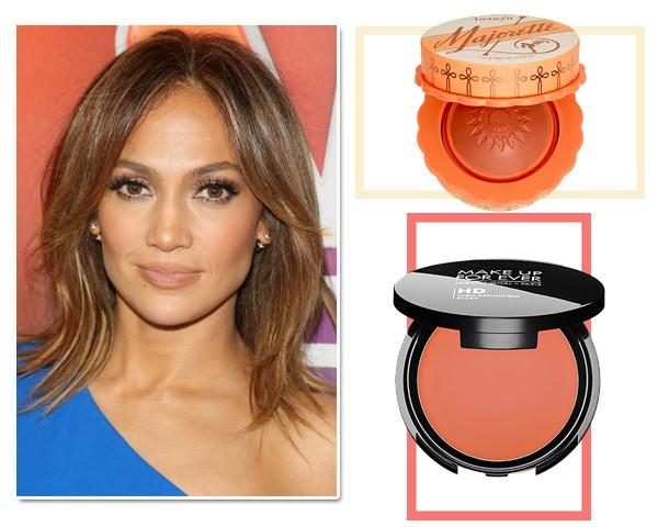 Blush Marorette Benefit, R$ 159. Blush HD Tangerine Make Up For Ever, R$ 145  (Foto: Getty Images/Divulgação)