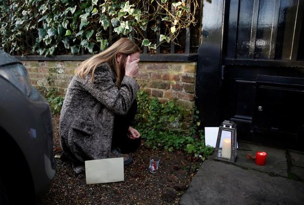Fãs prestam homenagens a George Michael na Inglaterra (Foto: Reuters)