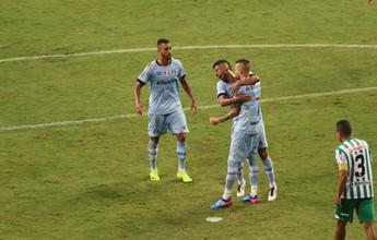 Com Léo Moura no meio e mobilidade, Grêmio retoma ritmo intenso; análise
