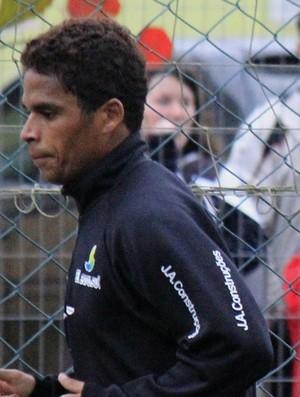 Almir, meio-campo do Figueirense (Foto: Luiz Henrique / Divulgação Figueirense FC)