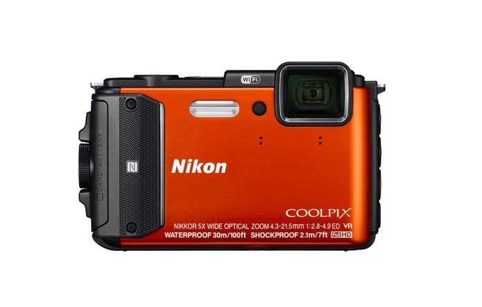 Nikon Coolpix AW130 é uma câmera digital compacta à prova d água (Foto  8d7bf31fd7