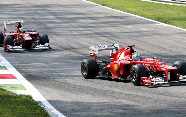 Alonso e Massa GP da Itália  (Foto: AP)