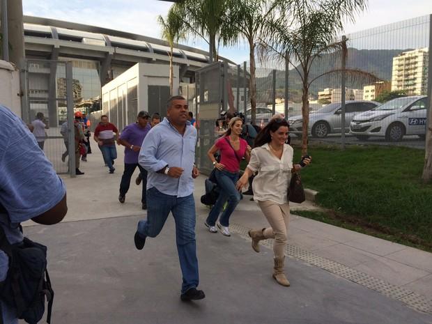 Operação de simulação de emergências no Maracanã contou com 500 pessoas (Foto: Janaína Carvalho)