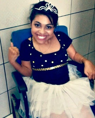 Rita sonha em mais acessibilidade para deficientes (Foto: Ewerton Costa/ Arquivo pessoal)