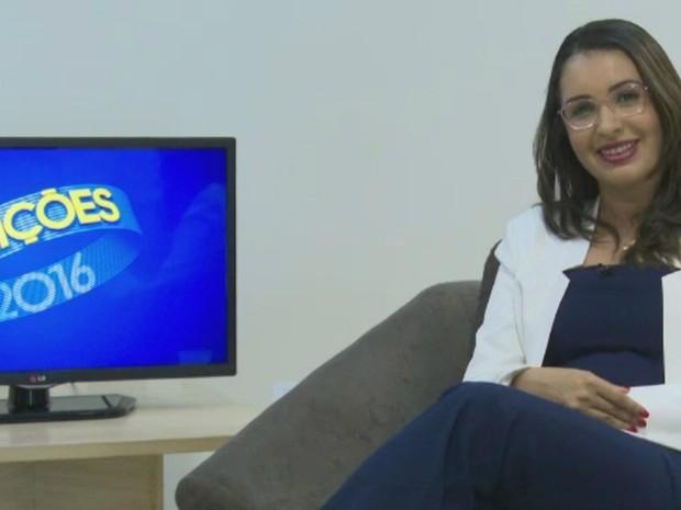 Carla Brito do PSB foi a primeira a participar da série de entrevistas em Rio Branco  (Foto: Reprodução/Rede Amazônica Acre)