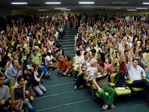 Docentes votaram pelo fim da greve em assembleia nesta sexta (Foto: Divulgação/ Assoc. Docentes UFRJ)