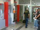 Bandidos arrombam dois caixas eletrônicos em agência no Recife