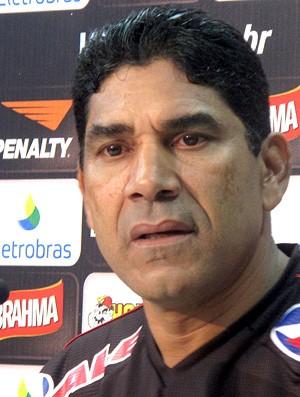 Acácio, auxiliar do Vasco (Foto: Fred Huber / Globoesporte.com)