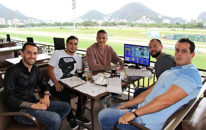 Paolo Guerrero no Jockey Club Brasileiro (Foto: Divulgação)