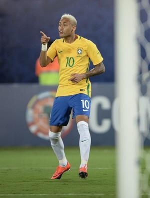Neymar comemora gol pela Seleção contra a Bolívia (Foto: Pedro Martins/Mowa Press)