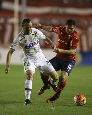 Josimar Independiente x Chapecoense (Foto: David Fernández/EFE)