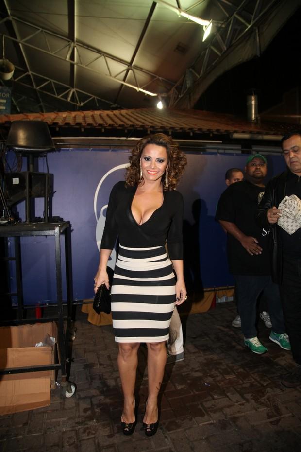 Viviane Araújo em evento no Rio (Foto: Claudio Andrade/ Foto Rio News)