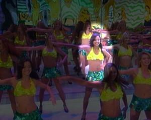 Thaíssa na época de bailarina do programa (Foto: Domingão do Faustão / TV Globo)