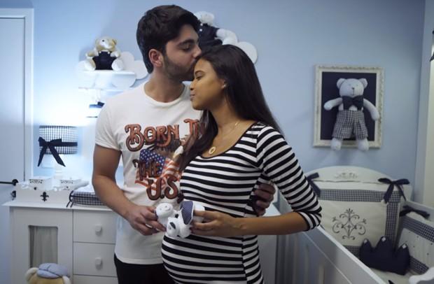 Aline Dias e Rafael Cupello esperam Bernardo (Foto: Reprodução)