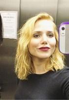 Bruna Marquezine e Letícia Colin falam sobre beijo gay em série: 'Sugerido'