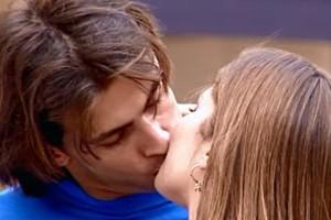 Pedro beija Taíssa (Foto: reprodução/TV Globo)