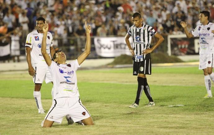 wanderley, botafogo-pb, final (Foto: Magnus Menezes / Jornal da Paraíba)