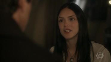 Anna garante a Piatã que vai encontrar Joaquim